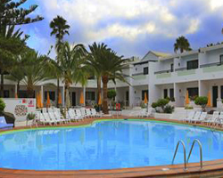 Playa Club Apartments