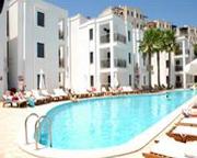 Queen Resort