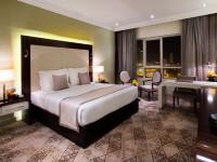 Auris Plaza Hotel